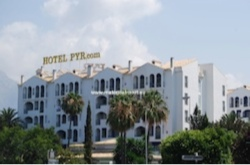 Puerto banus hotels a guide to all 8 puerto banus hotels - Hotel pyr puerto banus ...
