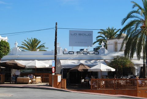 a guide to bars in puerto banus marbella bars